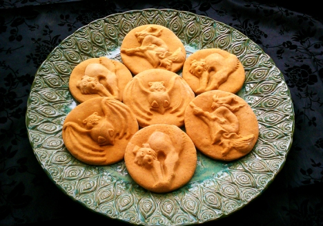 Halloween Cookies made with ZANDA PANDA's Handmade Stoneware Molds
